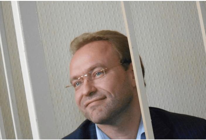 Василий Волга, получив свободу через 3,5 года, пообещал вернуться в политику